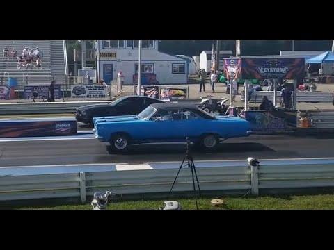 2011 Mustang GT500 vs 1966 Mercury Comet Cyclone