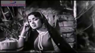 Pade Barkha Phuhar Chale - Lata Mangeshkar - DOOJ KA CHAND  - Ashok Kumar, Raj Kumar