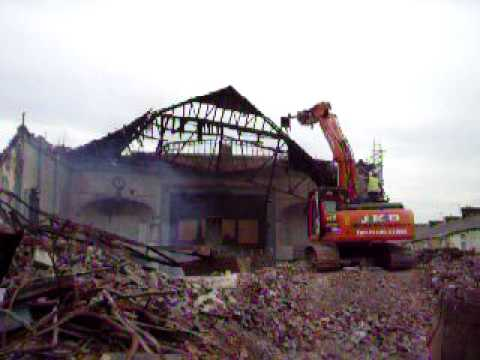 EBL GROUP DEMOLITION OF THE IMPERIAL CINEMA ON SHALE STREET IN BURNLEY