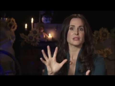 CURSE OF CHUCKY Set Visit w Danielle Bisutti Barb