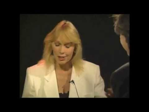 Stella Stevens 1992 interview with Brad Lemack (Courtesy of RerunIt.com)