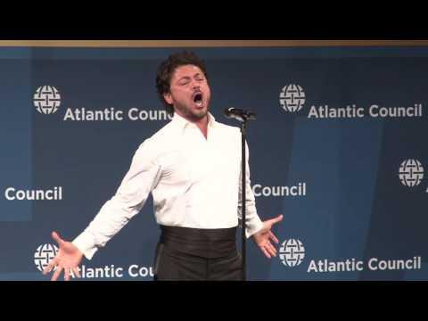 Vittorio Grigolo performance of Nessun Dorma at the Distinguished Leadership Awards