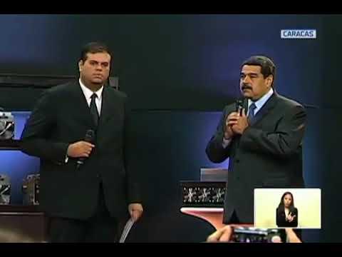 Maduro aprueba certificados para legalizar a más de 5 mil mineros para explotar El Petro