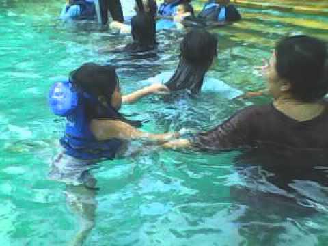 Waterboom PIK - Saka Afika Berenang (16 Des 2012)
