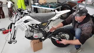NEW Pit Bike 2019 KAYO 125cc 17/14 - Unboxing Assembly Test Minimoto cinese per bambini 12 anni