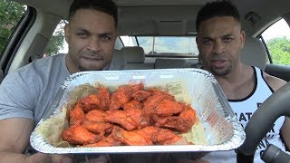 Eating Wingstop Hot Chicken Wings @Hodgetwins