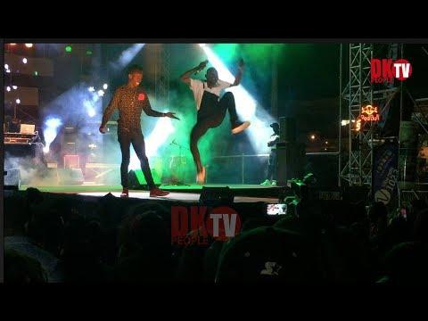 Ouzin Keita Au Concert De Tekno A Dakar