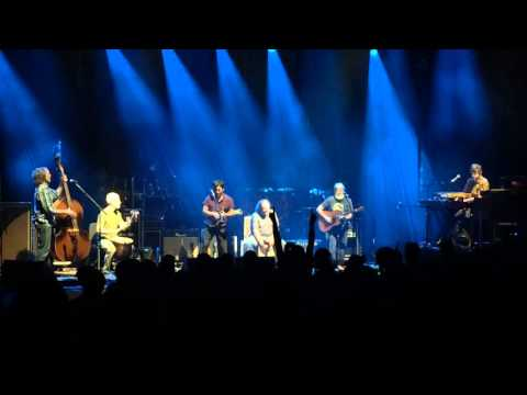 SCI - I've Just Seen A Face - Lester Had A Coconut - Boston 10-22-15 mp3