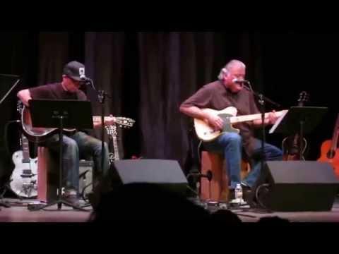 David Hidalgo and Louie Perez 150415