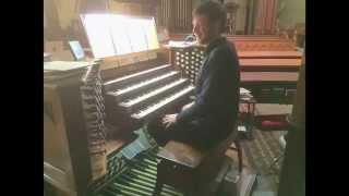 Bach Trio Sonata Organ 1st Mvt. Performed by Thomas Kientz
