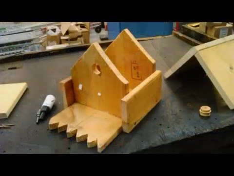 construction maison cabane nid d oiseaux youtube. Black Bedroom Furniture Sets. Home Design Ideas