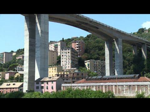 AFP: A Gênes, la vie à l'ombre d'un pont d'autoroute