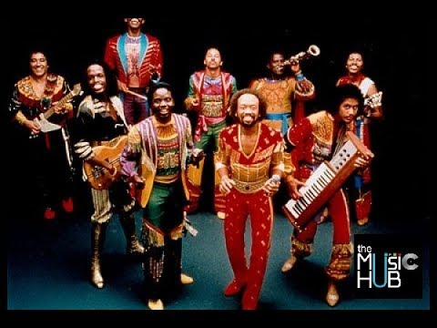 EARTH, WIND and FIRE - I Am [full cd]
