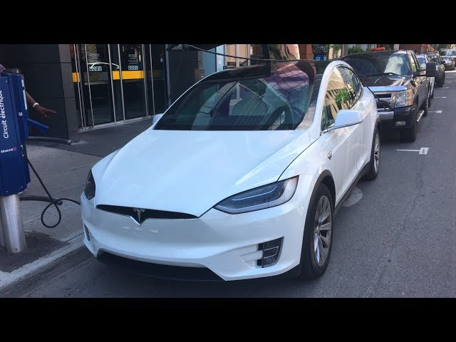 Running out of battery and charging problems with a Tesla Model X