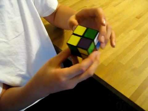 me showing how easy a 2x2 rubik's cube is