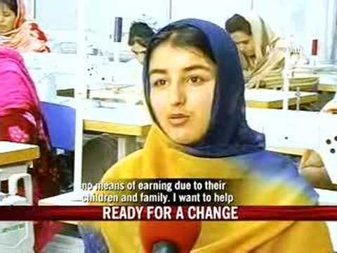 Afghani women on work trip to Gujarat