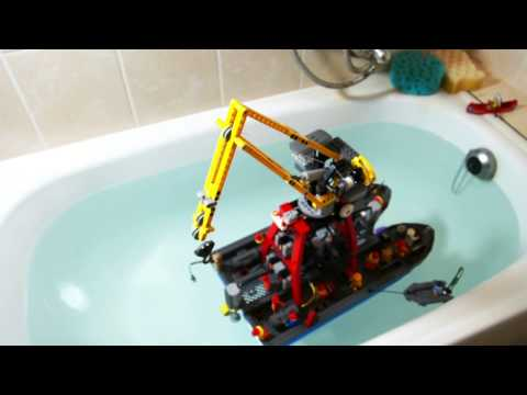 Lego Technic Motorized Floating Crane