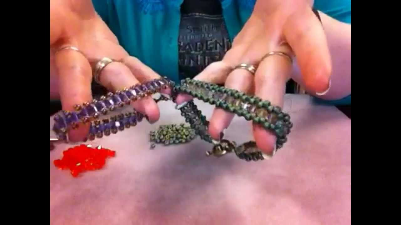 Bracelet made of crystals and beads 94