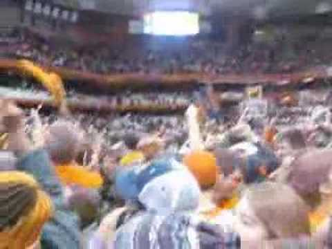 Rushing the Court after Syracuse beat Georgetown by 20 pts!!