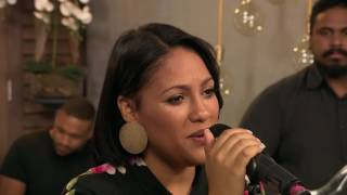 Sasha Lee Davids- Can't Be Without You Tonight (LIVE)