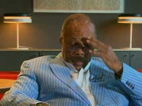 Quincy Jones Candid On Jackson