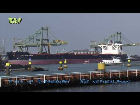 Iron ore Bulkship Vale Rio de Janeiro meets Berge Stahl, Port of Rotterdam