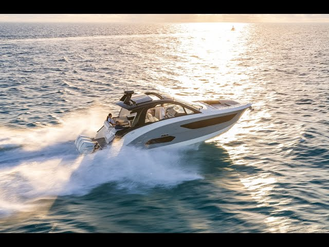 An Icon Reinvented (Part 4: The Sea Ray Sundancer 370)
