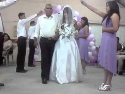 Vestidos elegantes para boda cristiana