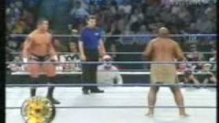 Smackdown 2005 - Randy Orton vs Kamala