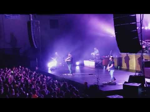 Luke Combs Beautiful Crazy live