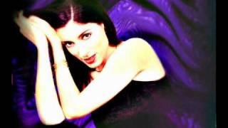 Doris Dragovic-Zapjevaj