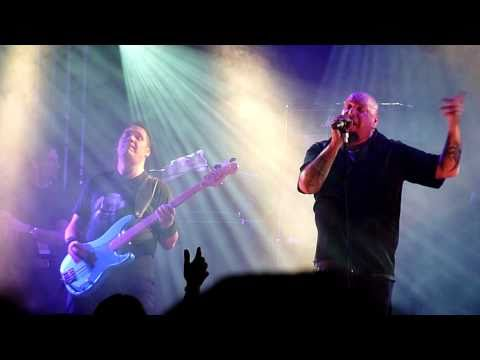 Paul Di'Anno - Strange World (Live - Hard Rock Hell, Prestatyn, Dec 2010) [HD]