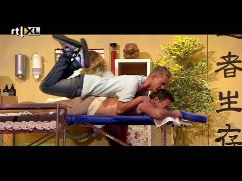 Wilde massage op de Schuine Set - ALLES MAG OP VRIJDAG