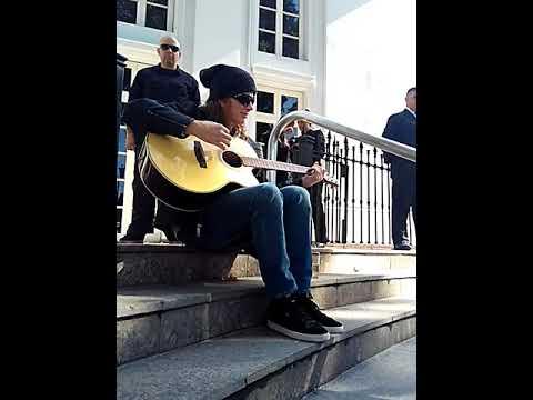 Dave Mustaine mini set acústico en Mendoza  10/05/18