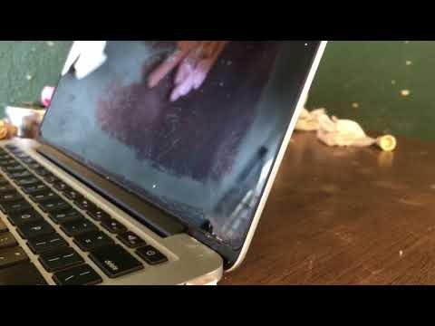 Macbook Pro Screen Staingate Problem - Removing the Oleophobic Coating