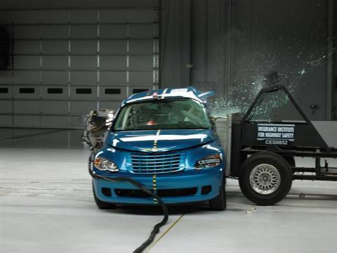 2008 Chrysler PT Cruiser side test
