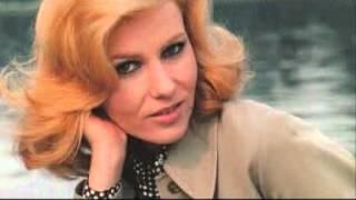 MICHELLE TORR....à faire pleurer les femmes ( 1982 ).