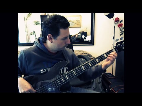 Dream Theater - Ytsejam   (bass  Cover)