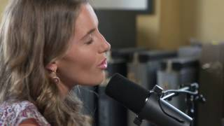 Caroline Jones - Brown Eyed Girl (Van Morrison Cover)