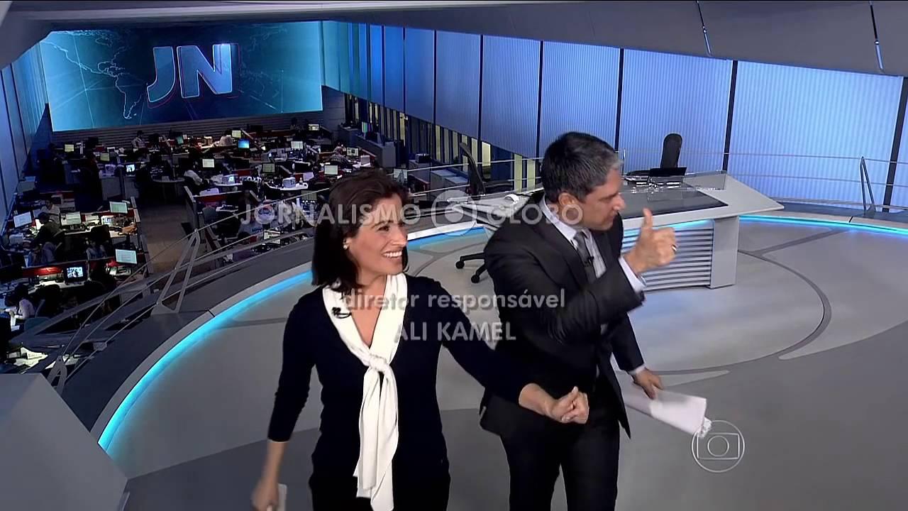 BONER não sabe que microfone ainda esta ligado e detona LULA ao vivo!