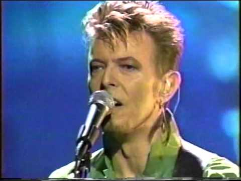 David Bowie – Waiting For The Man (Live GQ Awards 1997)