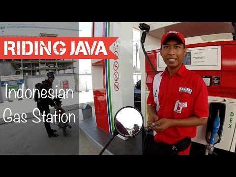 Getting Gas at Indonesia's Government Gas Station | Motovlog Indonesia