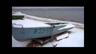 Волга. риболовля на озері риба рот ан.
