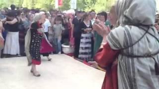 Танец веселых даргинок, Dagestani ethnic dance fun. Darghinian