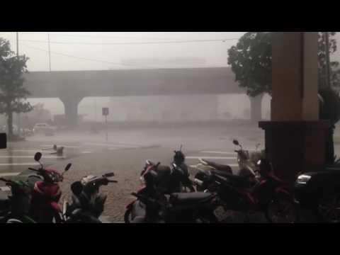 Video Bão Số 1 - Việt Nam 2016: Video 2