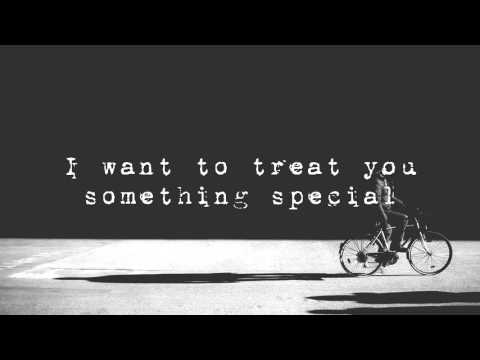 HONNE - Warm On A Cold Night (LYRICS)