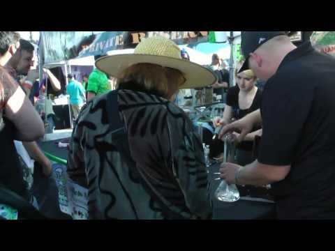 Seattle Cannabis Cup - Wandering Around