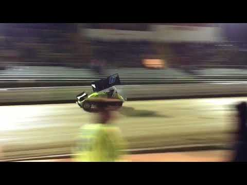 Bedford Speedway 305 Racesaver Sprint Car Feature Race