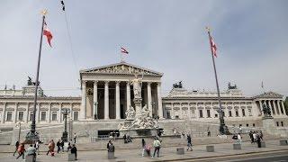 видео Vienna, Volksgarten, Parlament, Rathaus, Burgtheater. Фольксгартен и основные достопримечательности.