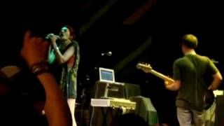 Hesta Prynn- Seven Sisters - Roundhouse London 2462010 24th June 2010.mp4
